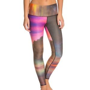 Teeki Cloud Smoking Hot Legging